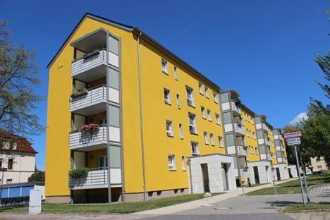 Plattenbau in Reick, saniert mit neuen Wohnungstüren